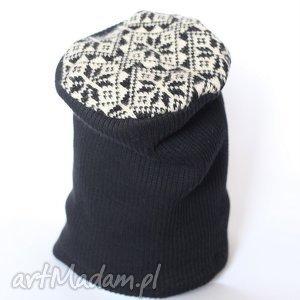 hand-made czapki czapka wełniana pies ci morde lizał i pasztetem zagryzał