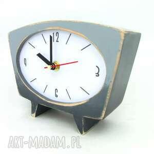zegar drewniany sixty - cieniowany, na urodziny, drewniany, ręcznie