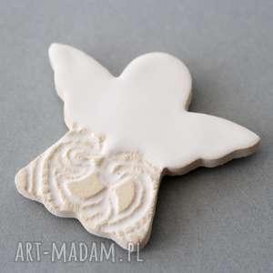 dla dziecka aniołeczek-magnes ceramika, minimalizm, chrzest, komunia