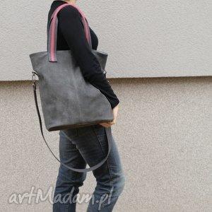 lekka, gustowna skórzana torba w charakterze worka, torba, torebka