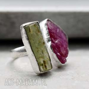 925 Srebrny pierścionek z rubinem i zielonym cyjanitem *LINIA PREMIUM*, kamienie