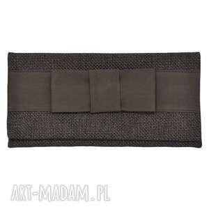 03-0018 Brązowo-szara torebka kopertówka wieczorowa do ręki CROW, ekskluzywne
