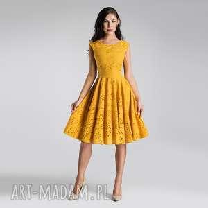 sukienka scarlett midi haft richelieu miodowy, miodowa