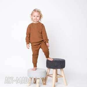 mamaiti baggy dresowe karmelowe 116/122, 128/134, spodnie basic, gładkie