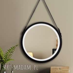 lustro sunny belt led to model odznaczający się prostotą i elegancją