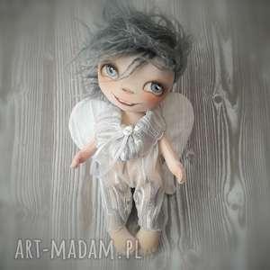 ręcznie wykonane dekoracje aniołek dekoracja ścienna - figurka tekstylna szyta