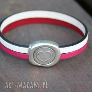 hand-made bransoletki skórzana bransoletka z sercem