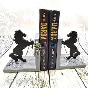 podpórki do książek - konie w szarościach dr7, podpórki, drewniane, prezent