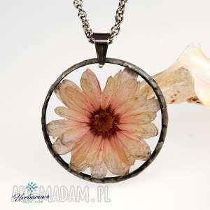 naszyjnik z suszonymi kwiatami, herbarium jewelry, kwiaty w żywicy z1233