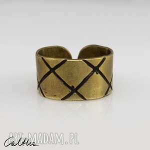 caltha skosy - mosiężna obrączka 130620-12, pierścionek, pierścień