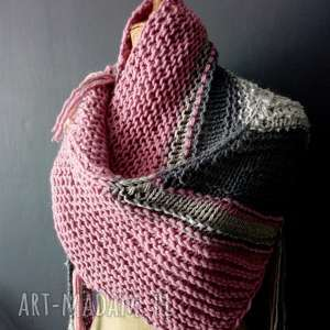 ciepła chusta, szal, szalik, na drutach, jesienna kobieca