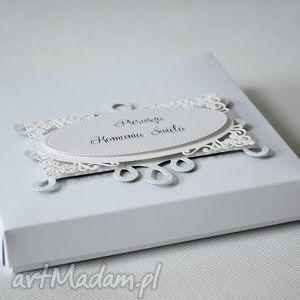 pomysł na prezenty święta Pudełko z ozdobnym szyldem, pudełko