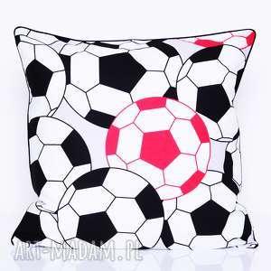 poduszki poduszka football 40x40cm od majunto, piłka nożna, dziecięca