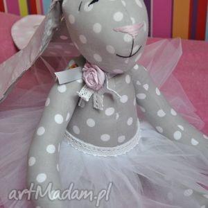 handmade maskotki króliczek baletnica