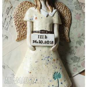 ręczne wykonanie ceramika aniołek na dzień nauczyciela z tabliczką