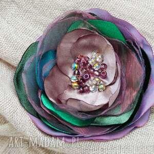 broszka kwiatek, różyczka, przypinka do sukienki, bluzki, modna broszka
