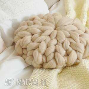 poduszka czesnakowa beżowa, czesankowa, dekoracyjna, boho, wyplatana, okrągła