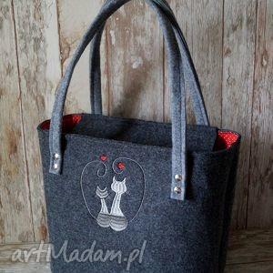 na ramię filcowa torba z kotem - zakochane koty, torebka, filcowa, haftowana