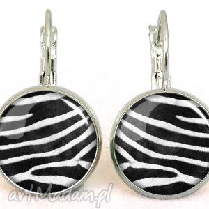 hand made kolczyki zebra - małe kolczyki wiszące