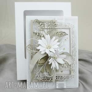 krem i biel w pudełku, ślub, gratulacje, pamiątka, życzenia, rocznica, para, pod