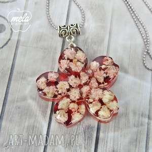handmade wisiorki 0682~mela~ wisiorek z żywicy, kwiat, czerwień