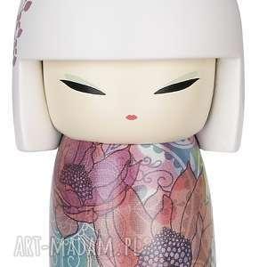 mini doll emi - uśmiechnięta, kimmidoll, emi, prezent, laleczka, szczęście, kokeshi