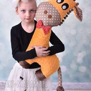 Przytulanka dziecięca żyrafa maskotki ateliermalegodesignu