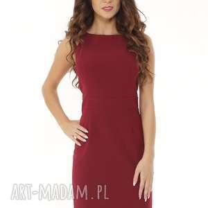 Dopasowana sukienka odcięta w pasie bordowa, elegancka-sukienka, sukienka-tuba