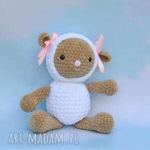 pod choinkę prezent, owieczka basia, zwierzątko, przytulanka, niespodzianka