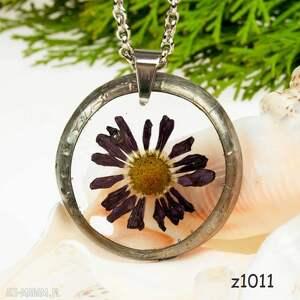 Kwiat zatopiony w żywicy - naszyjnik z1011, kwiaty-w-żywicy, chryzantema-biżuteri