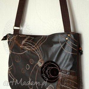 Haftowana torba hobo, torba, torebka, miejska, haftowana, ekoskóra