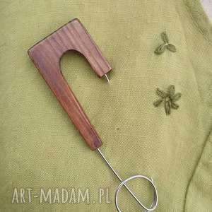 Broszka biżuteria z drewna broszki cynamonn broszka,