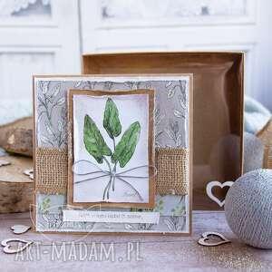 Naturalna kartka z zielnika mrufru, na każdą okazję pudełeczko