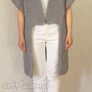swetry szary sweter, kardigan, dziergany ubrania