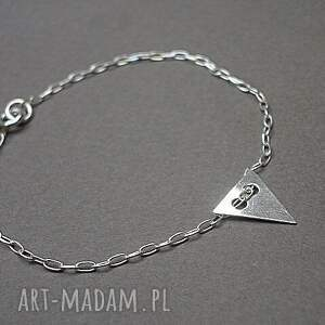 Nitka - triangle, srebro, celebrytka, delikatna