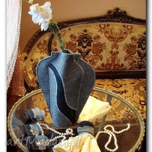 wazon z filcu, wazon, butelki, filc, prezent, etui, kwiaty wazony, pod choinkę