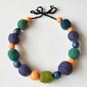 AleksandraB: korale z filcu (filc)