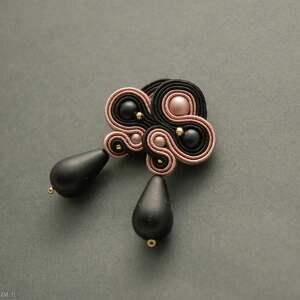 czarno-różowe kolczyki sutasz, sznurek, wyjściowe, długie, eleganckie, wiszące