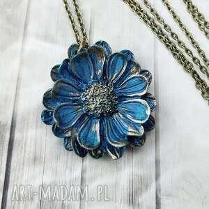 1025/mela wisiorek z żywicy kwiat niebieski/złoty, wisiorek, kwiat, żywica
