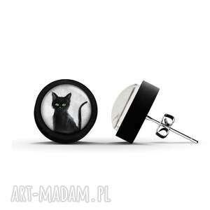 kolczyki drewniane - czarny kot sztyfty, czarne, kolczyki