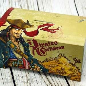 Prezent skarbonka- dla pirata , skarbonka, prezent, drewno, piraci, wyspy