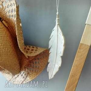Ceramika pióro, ceramika, ceramiczne, torebka, sukienka, strzała
