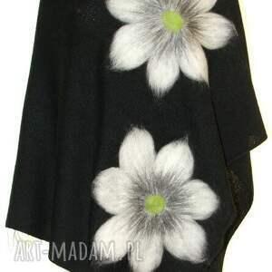 ponczo wełną zdobione, wełna, filcowanie, kwiaty, prezent, ważki, urodziny ubrania