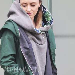 ręczne wykonanie zielony szmaragdowy płaszcz oversize ogromny kaptur na jesień rozmiar