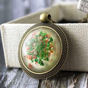 Medalion z prawdziwym kwiatem - antyczny brąz, medalion, wisior, łańcuszek, kwiat