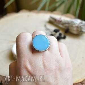 pierścionek niebieski dysk, duży pierścionek, niebieskie szkło, szklany