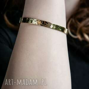bransoleta z młotkowanego mosiądzu, mosiądz, surowy, młotkowana, minimalistyczny
