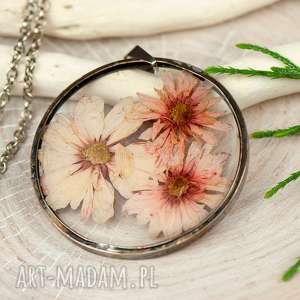 naszyjnik z suszonymi kwiatami w cynowej oprawie z337 - zatopione kwiaty, biżuteria z
