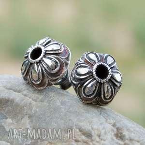 srebrne sztyfty z motywem kwiatów a239 - srebrne kolczyki, eleganckie sztyfty, srebrne
