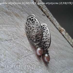 w koronkach kolczyki z naturalnych pereł i srebra, perła nauralna